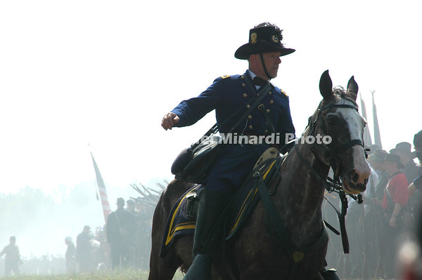 Battle of Bull Run - Union Officer instructs troops