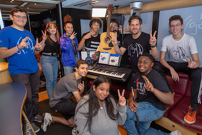 2019_10_02, Audio-Technica, Bus, Focusrite, Giveaways, Hudson High School, K&M, Matt Reich, Neutrik, New York, New York City Lab School, NY, OWC, Rob McMahon, Student Session, Yamaha, Interior
