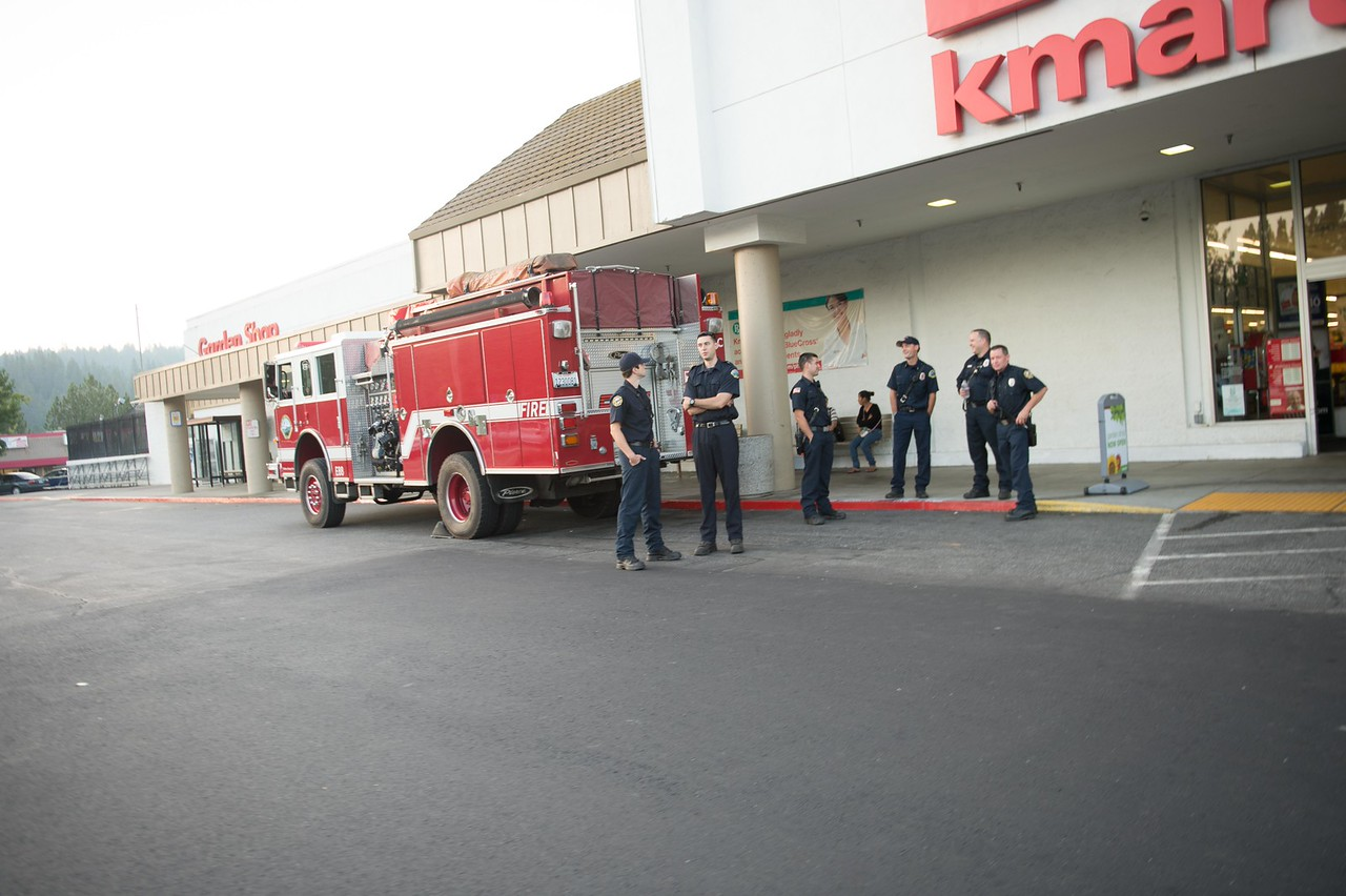Grass Valley Fire Dept. showed it's support by displaying one of the trucks and explaining to kids how it works.<br /> A great bunch of guys. Thank you.