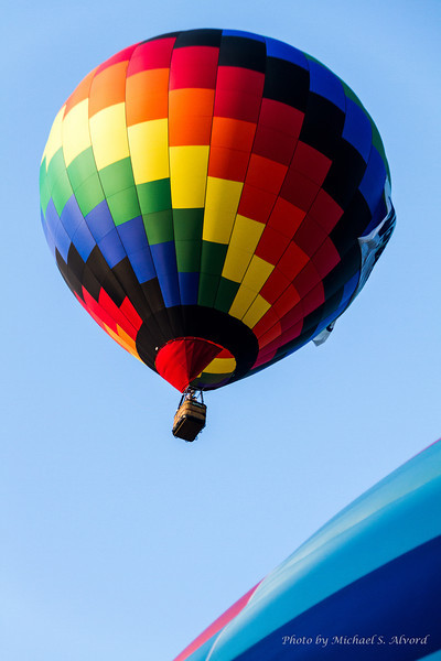Once, the balloon fills with hot air it doesn't take long to take off.