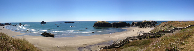 Panorama shot of the Bandon beach wayside.