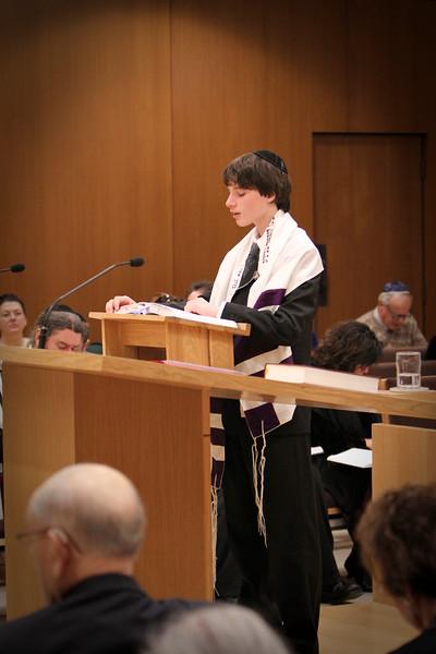 jonah-hoffman-bar-mitzvah-5482-2.jpg