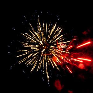 Fireworks2-2011-17-7059731