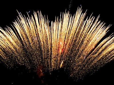 Fireworks-2011-31-7049467