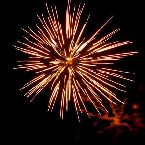 Fireworks2-2011-1-7059582