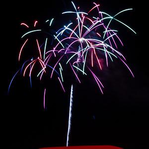 Fireworks3-2011-7-7099800