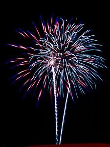 Fireworks3-2011-5-7099796