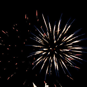 Fireworks2-2011-9-7059681
