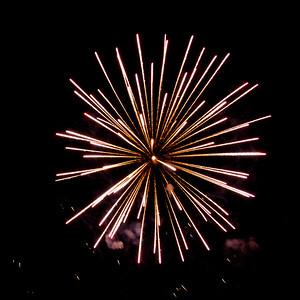Fireworks2-2011-7-7059676