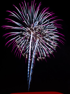 Fireworks3-2011-15-7099817