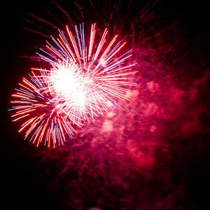 Fireworks2-2011-24-7059753