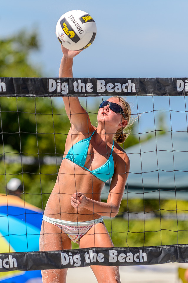 Dig the Beach, Ft. Myers, 06/01/2013