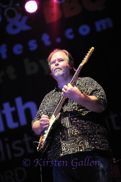 Bedford BBQ and Blues Fest<br /> BUDDY WHITTINGTON joins John Mayall on the stage.