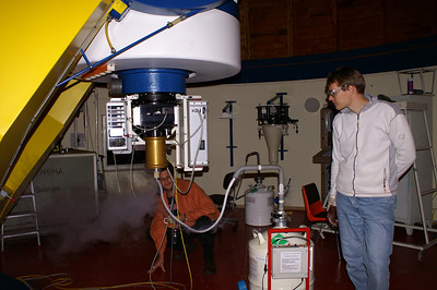 Refilling the liquid nitrogen for cooling the CCD