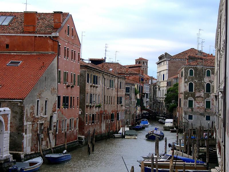 Visiting Venezia during our roadtrip 2004
