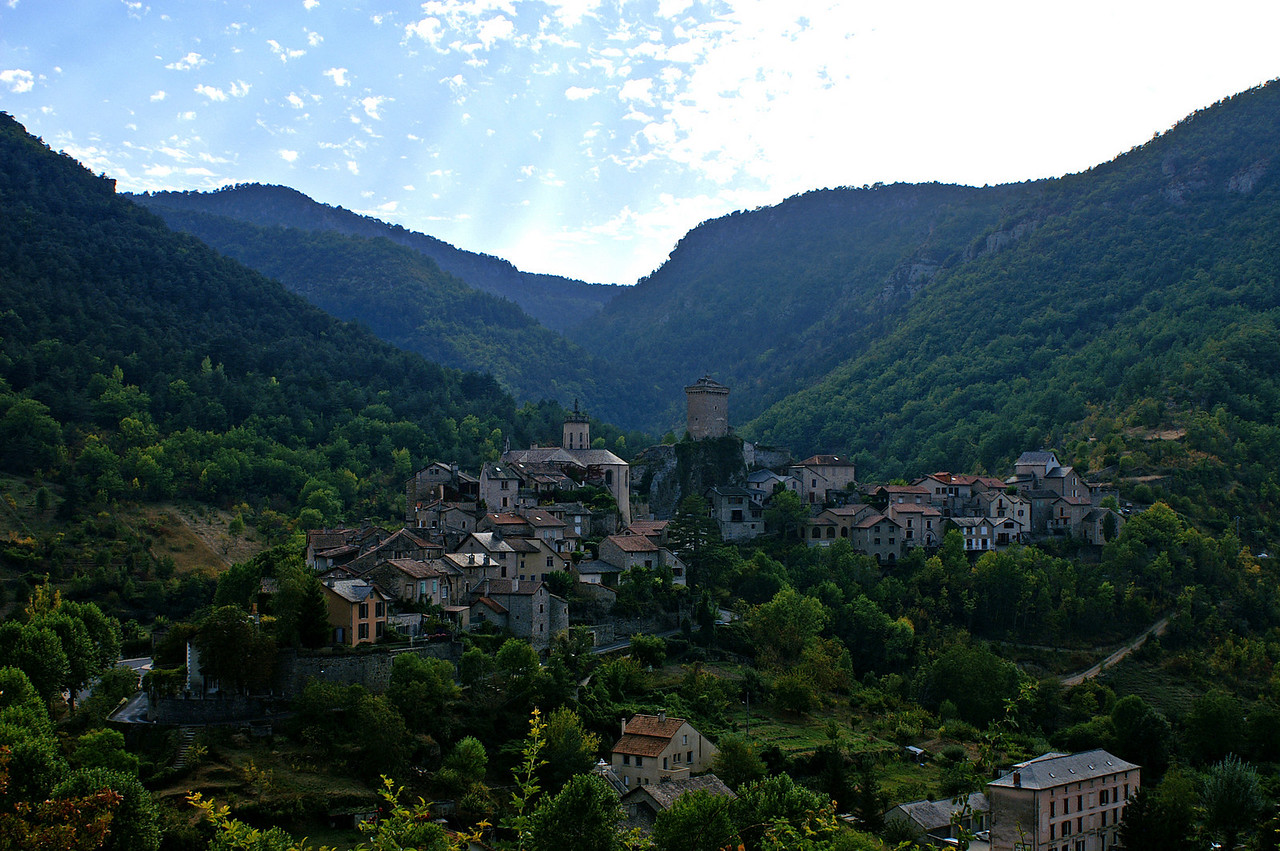 Village in the Gorges du Tarn