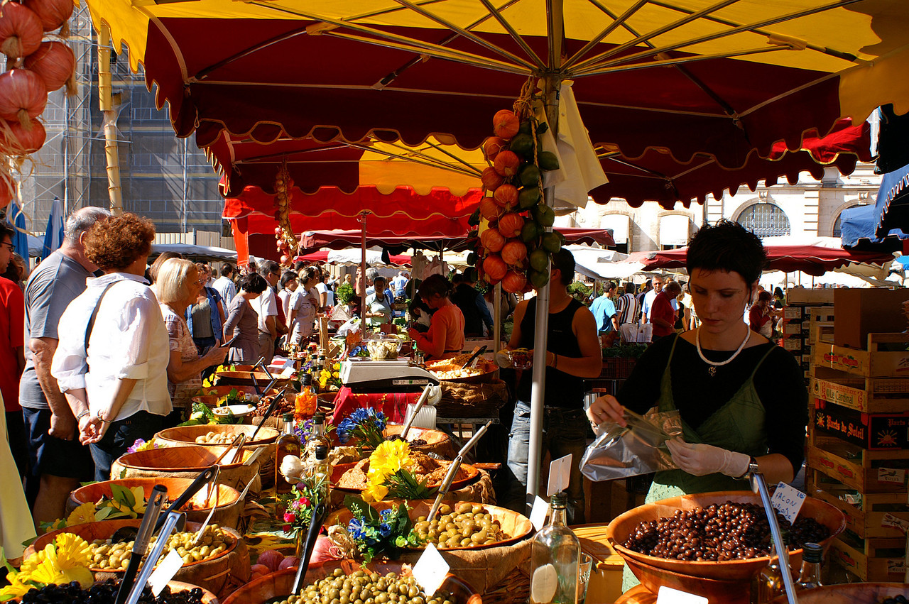 Market in Beaune