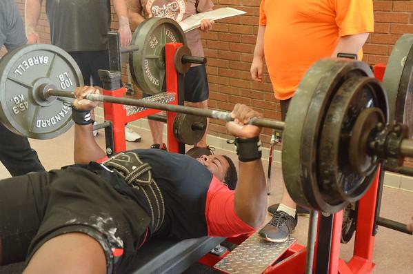 1113 bench press 6