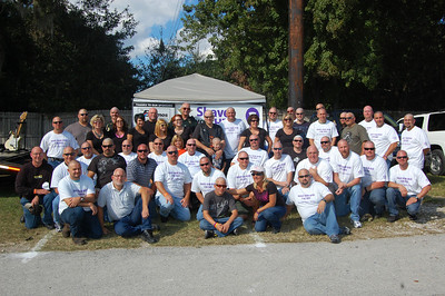 The entire gang of police officers who shaved their heads for Fred!