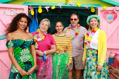 12 AUG 2018 –L-R: Lilly Baria, Carol Davies, Poppy Baria, Lesley Davies and Anna Baria 'My Hula Hut' - Beside the Seaside Festival Dovercourt Bay - Photo Copyright © Maria Fowler 2018