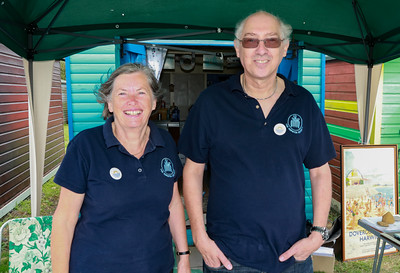 12 AUG 2018 –Jacky Whittle and Steve Delves (Harwich Society) - Beside the Seaside Festival Dovercourt Bay - Photo Copyright © Maria Fowler 2018
