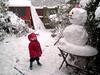 02_Admires the snowman