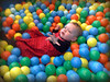 10_Swimming in the ball pool