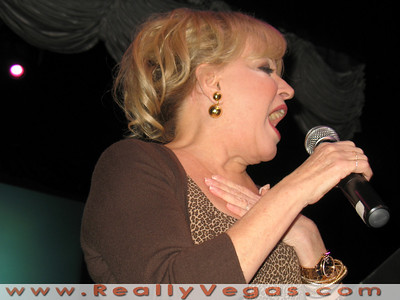 Bette Midler holds rally for Obama at Krave Theater in Las Vegas on Monday, October 20, 2008. Bette gives a rousing personal invitation  to vote for Obama.