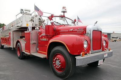Mack B-85