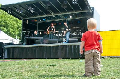 NIK3079 - De jongste fan van de Tommy Ebben band....