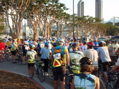 Mass start at 7:00 AM at Embarcadero Park South