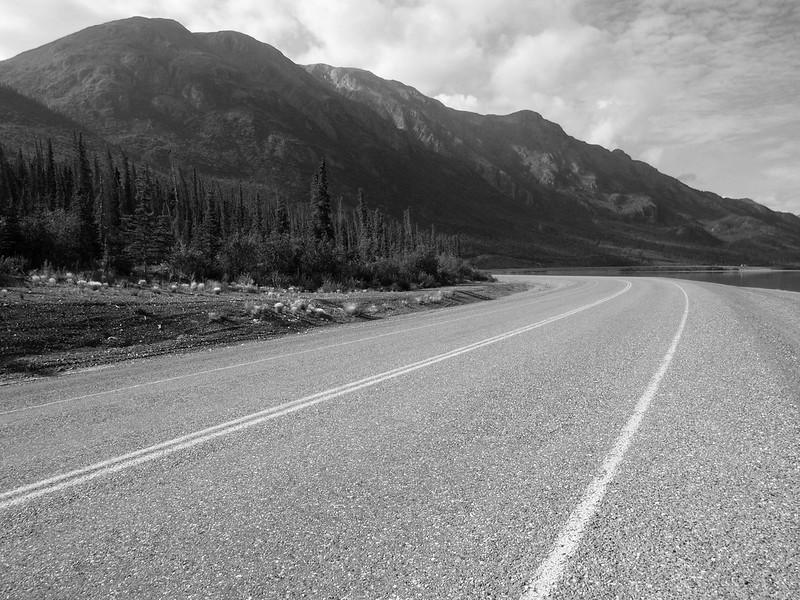 Alaskan highway along Kluane Lake