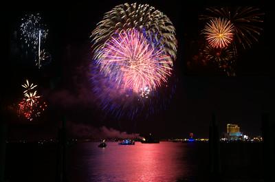 DSC_1812 -1 Biloxi Fireworks