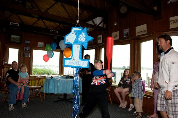 2010-05-23 Hatcher's 1st Birthday 276