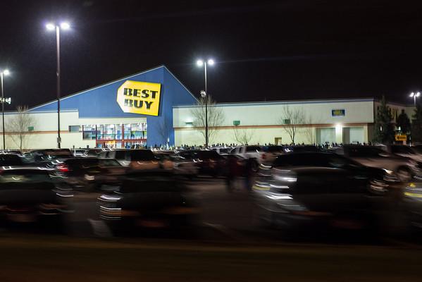Still long lines at Best Buy after midnight.