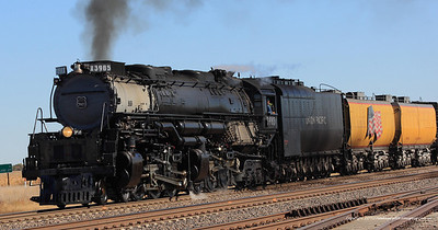 UP 3985 heads for Baily Yards, North Platte, NE.