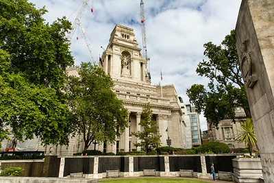 Tower Hill War Memorial & Trinity House