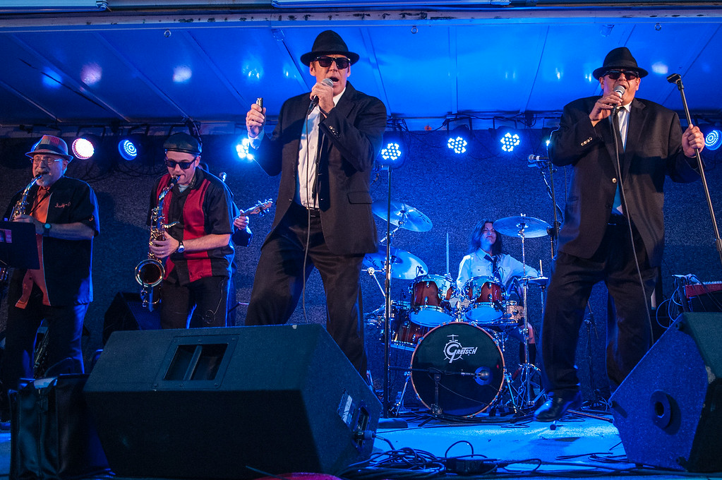 Blooze Brothers Band 7414_132