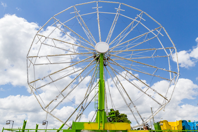 The Ferris Wheel is up at the Blue Crab Festival, but the seats were still in the process of being added. Fran Ruchalski/Palatka Daily News
