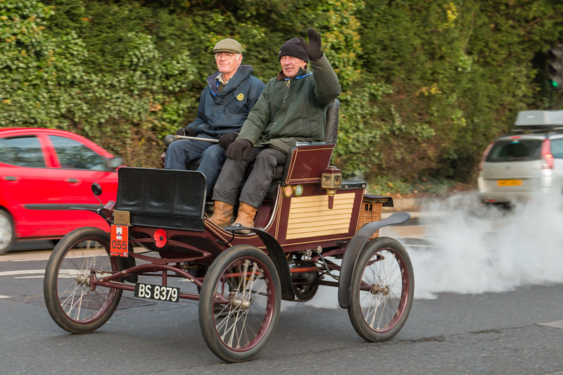 1900 Mobile Steam Powered Runabout