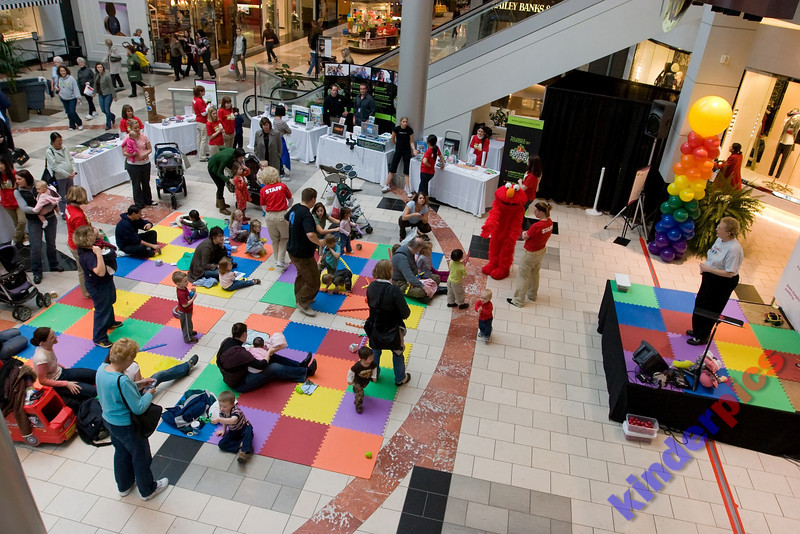 Playgroup-PDX-081106-948