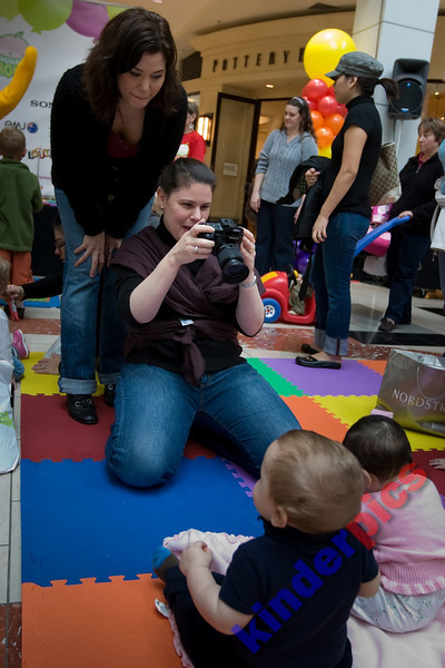 Playgroup-PDX-081106-647
