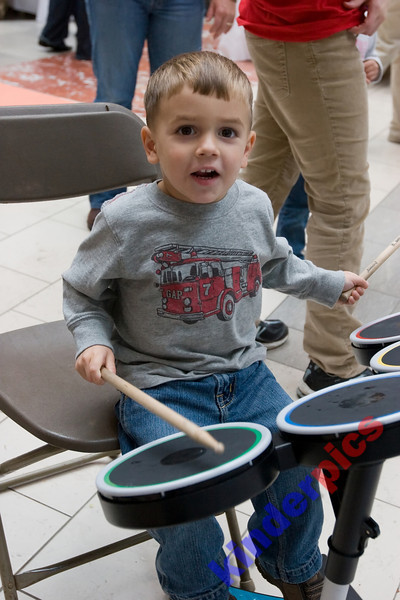 Playgroup-PDX-081106-710