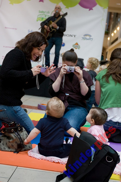 Playgroup-PDX-081106-617