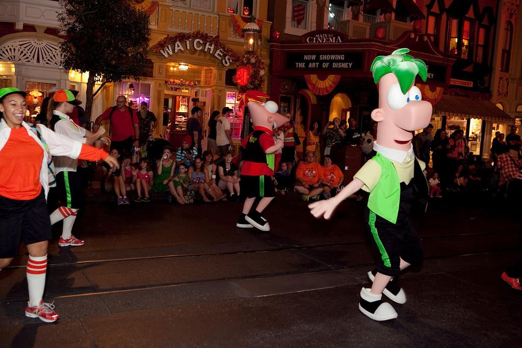 Disney_131017_1989