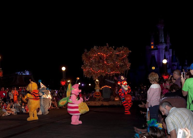 Disney_131018_2257