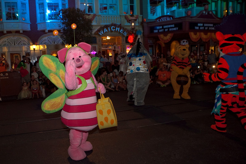 Disney_131017_2040