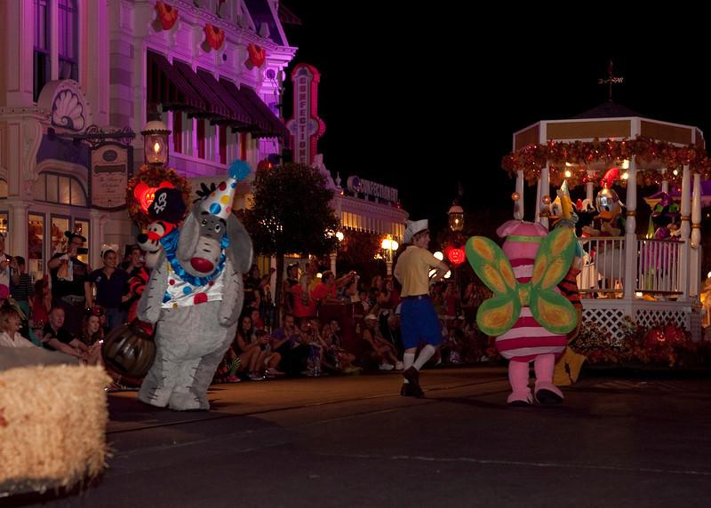 Disney_131018_2449