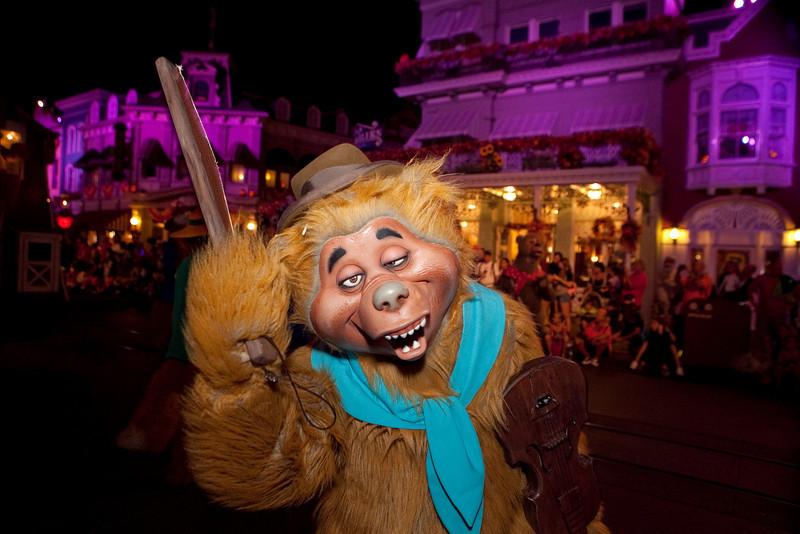 Disney_131017_2103