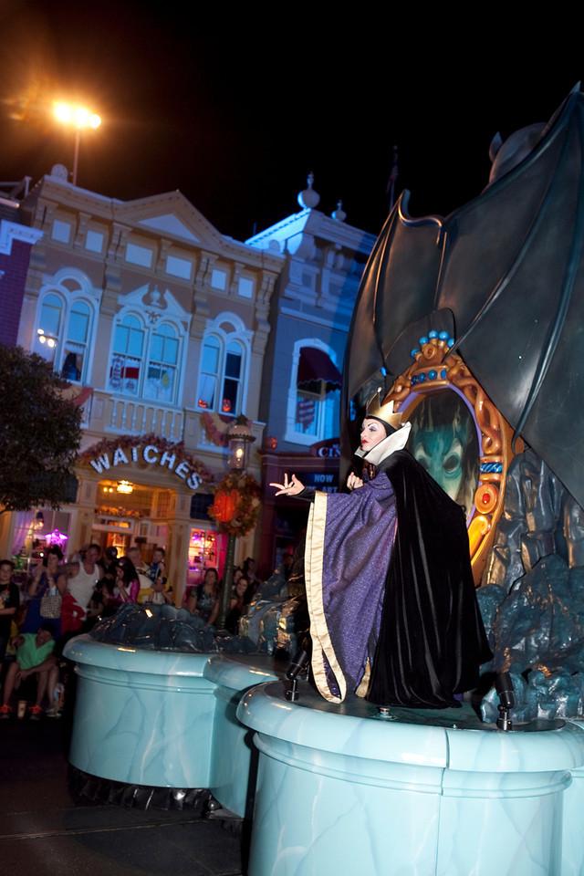 Disney_131017_1829
